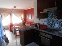 Kitchen - 7 square meters of property in Greenstone Hill