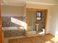 Bathroom 1 - 8 square meters of property in Tergniet