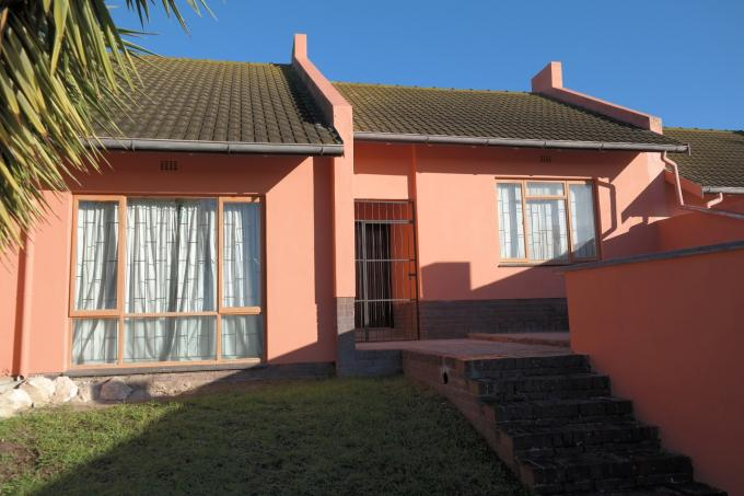 2 Bedroom Duet for Sale For Sale in Saldanha - Private Sale - MR112842