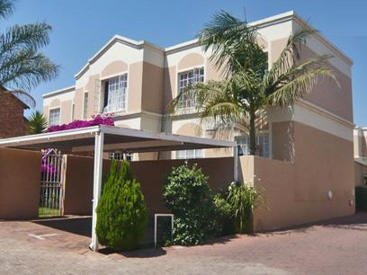 3 Bedroom Simplex For Sale in Roodekrans - Home Sell - MR11287