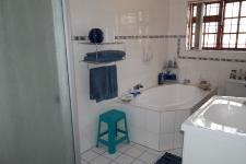 Bathroom 1 - 15 square meters of property in Northpine