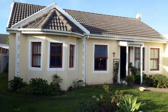 3 Bedroom House for Sale For Sale in Gordons Bay - Private Sale - MR112914