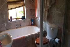 Bathroom 1 - 5 square meters of property in Gordons Bay
