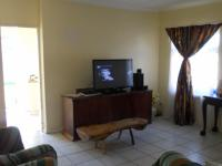 Lounges - 21 square meters of property in Algoa Park