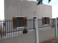 3 Bedroom 1 Bathroom House for Sale for sale in Beaufort West