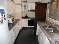 Kitchen - 7 square meters of property in La Lucia