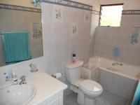 Bathroom 1 - 5 square meters of property in La Lucia