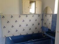 Main Bathroom - 13 square meters of property in Ventersburg