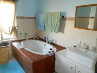 Main Bathroom - 29 square meters of property in Rietfontein - Pretoria East