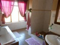 Bathroom 1 - 24 square meters of property in Rietfontein - Pretoria East