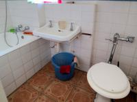 Bathroom 1 - 6 square meters of property in Sunnyside