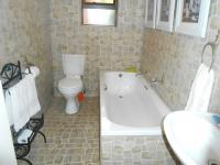 Bathroom 1 - 6 square meters of property in Pretoria North
