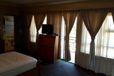 Main Bedroom - 49 square meters of property in Somerset West