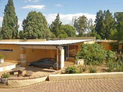 6 Bedroom House for Sale For Sale in Muldersdrif - Private Sale - MR11311