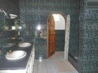 Main Bathroom - 8 square meters of property in Muldersdrif