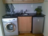 Kitchen - 7 square meters of property in Knysna