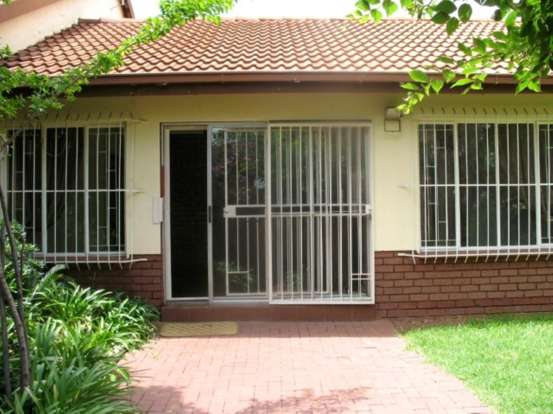 Front View of property in Elarduspark
