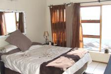 Bed Room 1 - 29 square meters of property in Glenvista