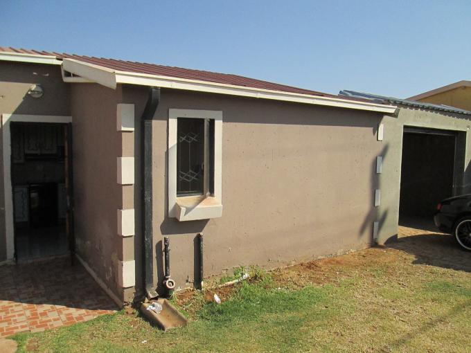 3 Bedroom House for Sale For Sale in Protea Glen - Private Sale - MR113231