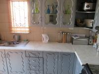 Kitchen - 8 square meters of property in Protea Glen