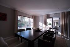 Dining Room - 21 square meters of property in Woodhill Golf Estate