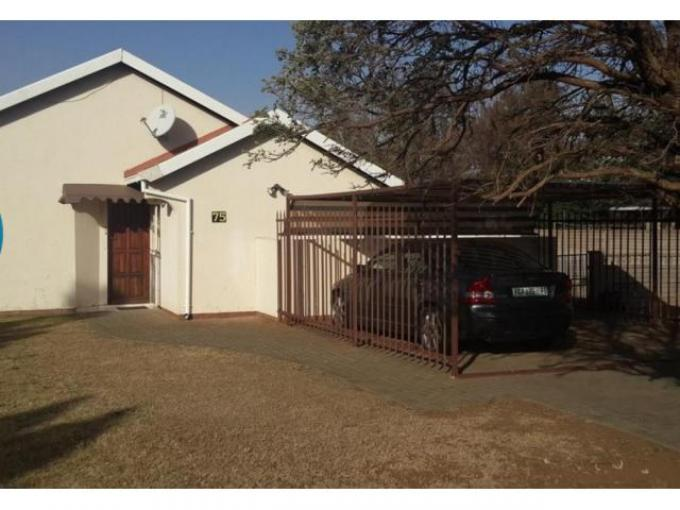 3 Bedroom House for Sale For Sale in Bloemfontein - Private Sale - MR113271