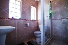 Bathroom 2 - 5 square meters of property in The Wilds Estate