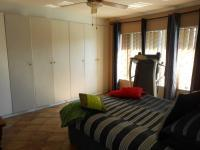 Main Bedroom - 21 square meters