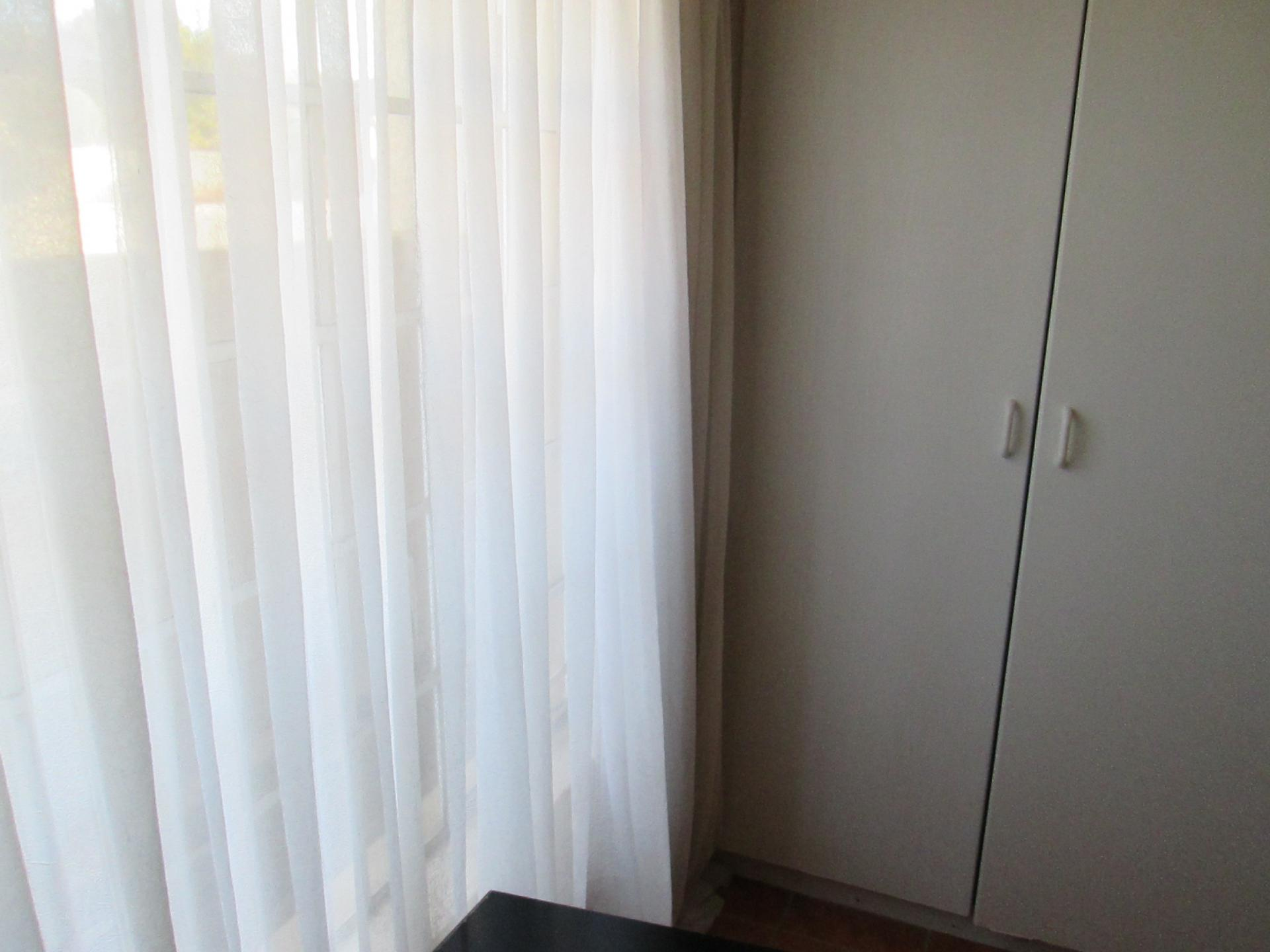 Bed Room 1 - 9 square meters of property in Celtisdal