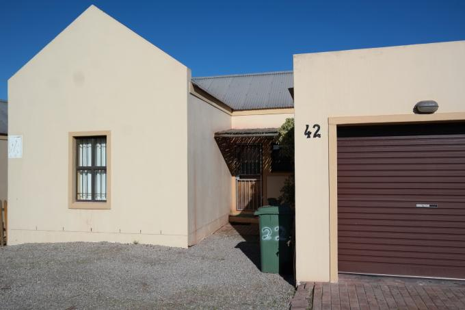 Standard Bank EasySell 3 Bedroom House for Sale For Sale in Saldanha - MR113392