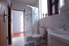 Bathroom 1 - 5 square meters of property in Silver Lakes Golf Estate