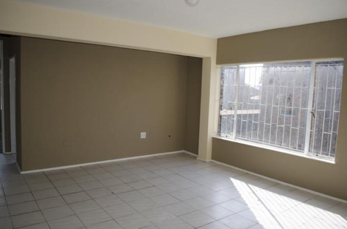 2 Bedroom Sectional Title for Sale For Sale in Kempton Park - Private Sale - MR113460