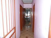 Spaces - 33 square meters of property in The Orchards