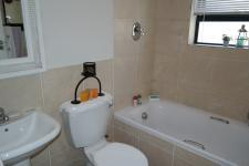 Bathroom 1 - 5 square meters of property in Muizenberg