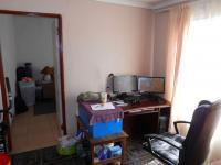 Study - 8 square meters of property in Springs
