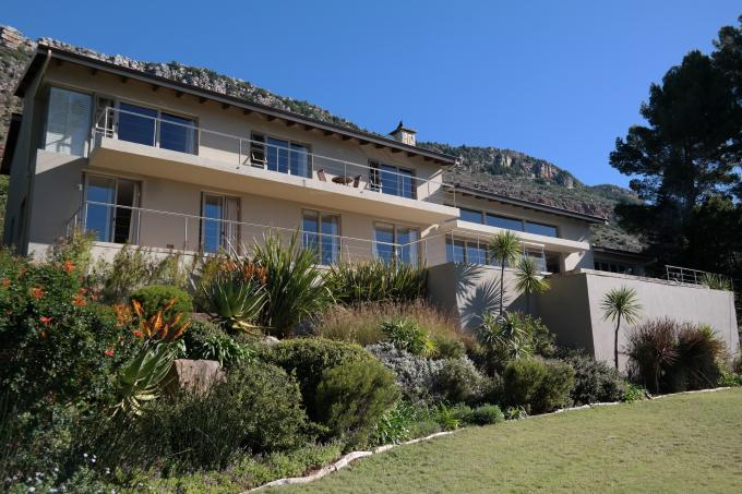 6 Bedroom House For Sale in Tokai  - Home Sell - MR113759