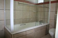 Bathroom 1 - 5 square meters of property in George Central