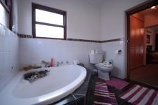 Main Bathroom - 8 square meters of property in Woodlands Lifestyle Estate