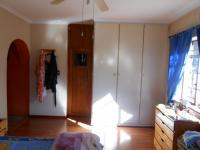 Main Bedroom - 23 square meters of property in Far East Bank