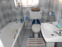 Bathroom 1 - 5 square meters of property in Far East Bank