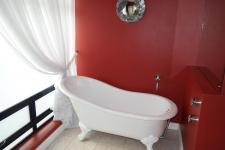 Bathroom 2 - 11 square meters of property in Port Owen