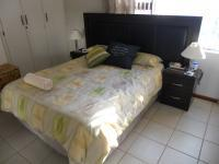 Main Bedroom - 20 square meters of property in Aston Bay