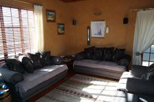 Lounges - 25 square meters of property in Saldanha