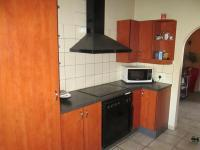 Kitchen - 45 square meters of property in Sundowner