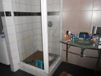 Main Bathroom - 8 square meters of property in Lambton