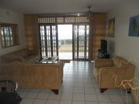 Lounges - 18 square meters of property in Scottburgh