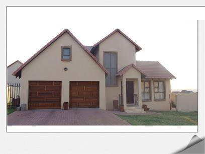 3 Bedroom House For Sale in Brookelands Lifestyle Estate - Private Sale - MR11411