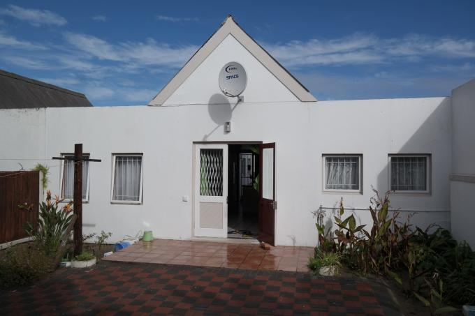 2 Bedroom Cluster for Sale For Sale in Saldanha - Home Sell - MR114157