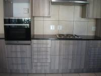 Kitchen - 9 square meters of property in Sundowner