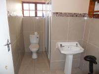 Main Bathroom - 5 square meters of property in Kingsburgh